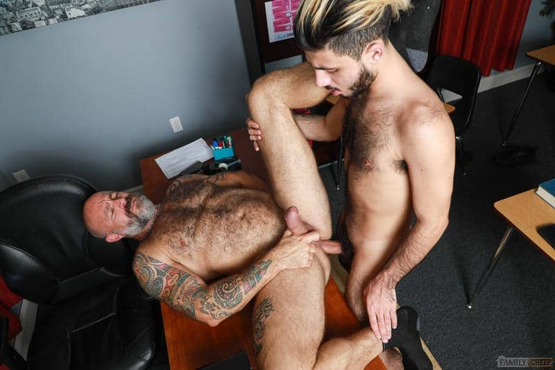Hairy older Musclebear Montreal hot asshole bare fucked young hottie Adrian Rose huge dick 11 gay porn pics - Hairy older Musclebear Montreal's hot asshole bare fucked by young hottie Adrian Rose's huge dick