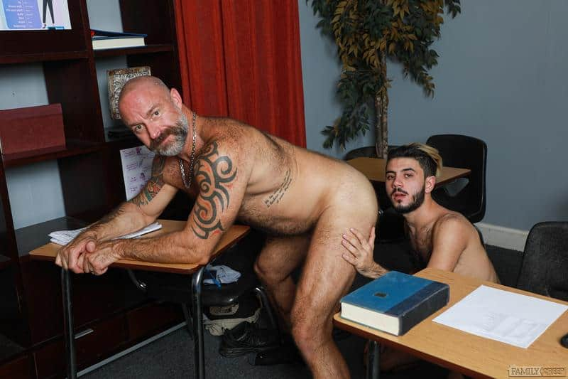 Hairy older Musclebear Montreal hot asshole bare fucked young hottie Adrian Rose huge dick 7 gay porn pics - Hairy older Musclebear Montreal's hot asshole bare fucked by young hottie Adrian Rose's huge dick